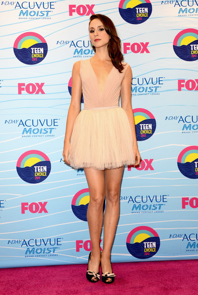 Troian+Bellisario+Teen+Choice+Awards+2012+dtx_91CgvDxl