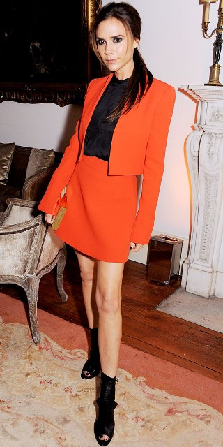 victoria-beckham-wearing-victoria-beckham-valentino-master-of-couture-private-viewing-after-party-2