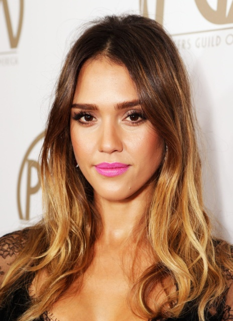 jessica_alba_24th_annual_producers_guild_award_in_beverly_hills_26jan2013__PkQYLSQm.sized