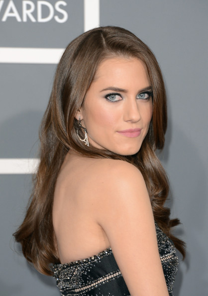 Allison+Williams+55th+Annual+GRAMMY+Awards+wzK_-W2yIC5l