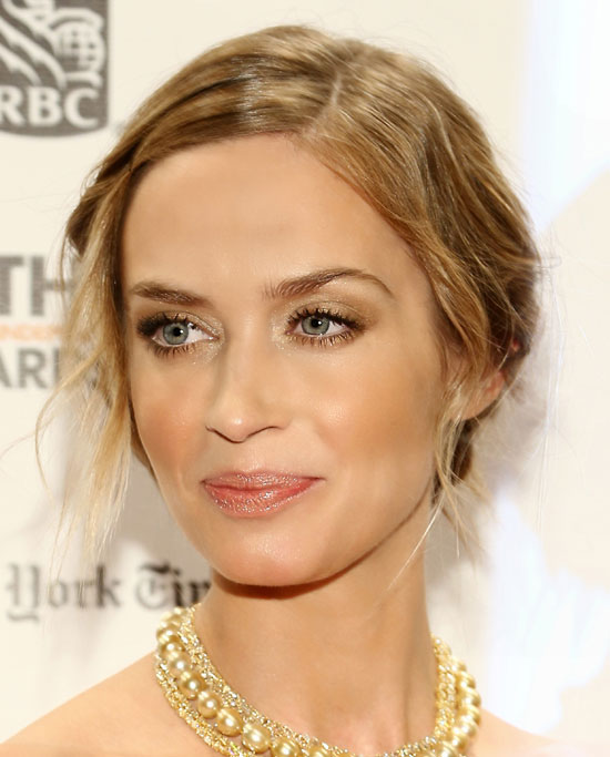 emily-blunt-makeup-2012-gotham-awards