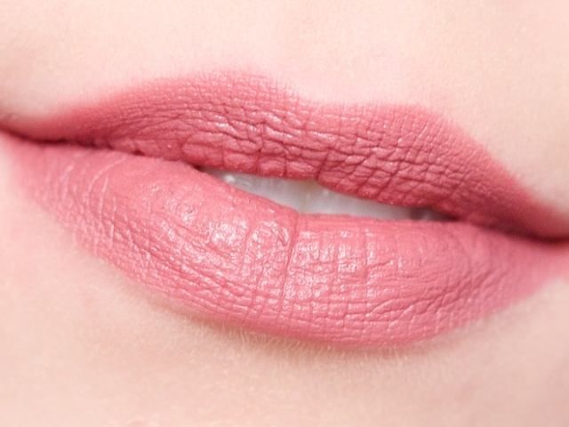 Rimmel Kate Moss Lasting Finish Matte Lipstick in 104