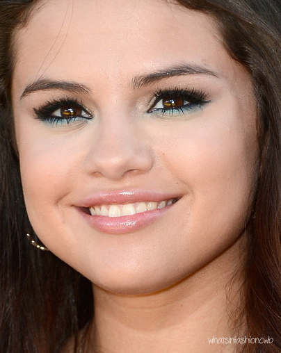 Selena+Gomez+Make2