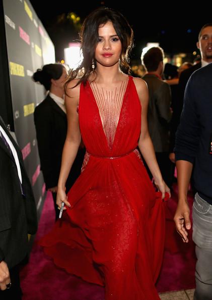 Selena+Gomez+Spring+Breakers+Premieres+Hollywood+tP3b3hI-awll