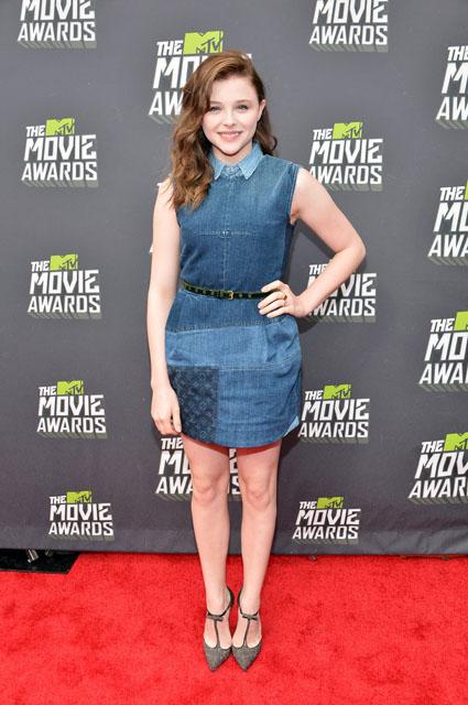 Chloë-Moretz-Louis-Vuitton-2013-MTV-Movie-Awards-4