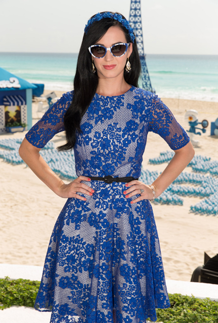 Katy+Perry+Smurfs+2+Cast+Hangs+Out+Cancun+1x-jHXvOGpsx