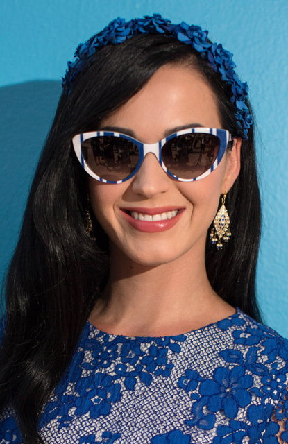 Katy+Perry+Smurfs+2+Cast+Hangs+Out+Cancun+aP55eNsy6r3x