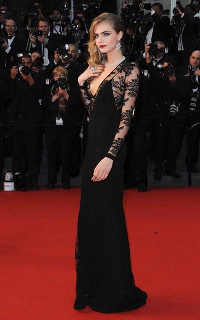 Cara+Delevingne+Arrivals+Cannes+Opening+Ceremony+XHX3KBMYPfTx