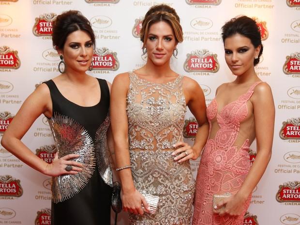 Fernanda Paes Leme, Giovanna Ewbank e Mariana Rios em Cannes