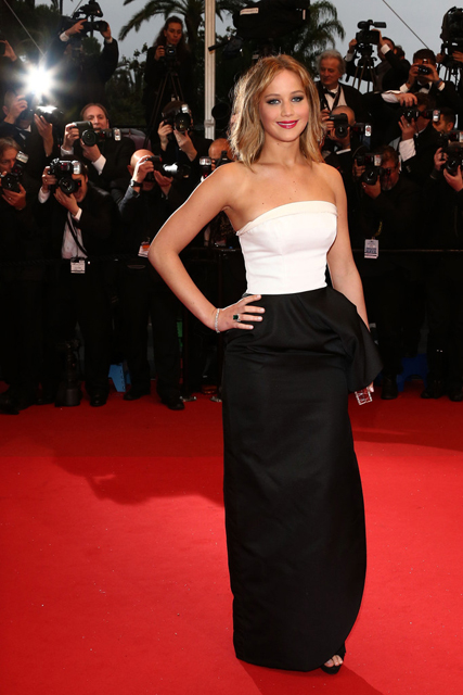 Jennifer-Lawrence-Christian-Dior-Jimmy-P.-Psychotherapy-Of-A-Plains-Indian-2013-Cannes-Film-Festival-Premiere-3