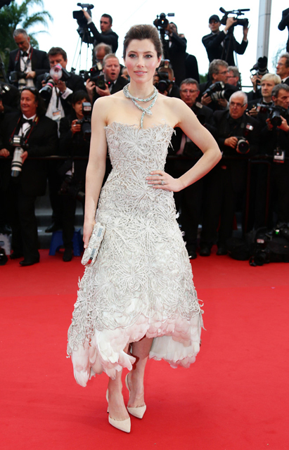 Jessica-Biel-In-Marchesa-Inside-Llewyn-Davis-2013-Cannes-Film-Festival-Premiere-3