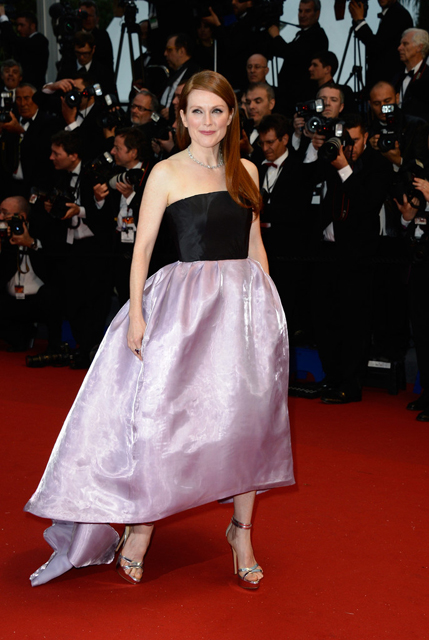 Julianne-Moore-Christian-Dior-Couture-2013-Cannes-Film-Festival-Opening-Ceremony-The-Great-Gatsby-Premiere-1