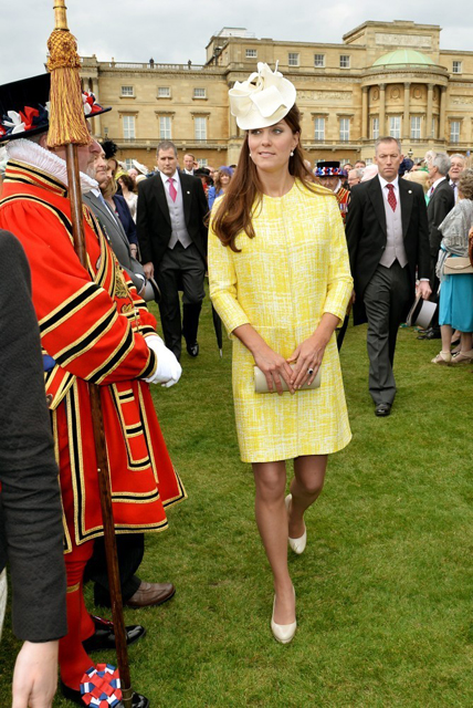 Kate+Middleton+Buckingham+Palace+Hosts+Garden+x0GhTG6k9Xpx
