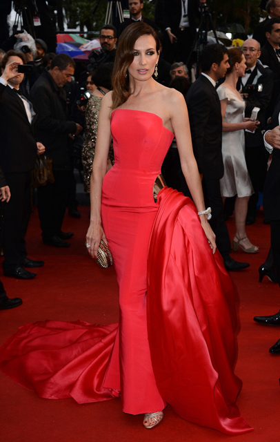 Nieves-Alvarez-In-Ralph-And-Russo-Couture-Jimmy-P.-Psychotherapy-Of-A-Plains-Indian-2013-Cannes-Film-Festival-Premiere-1