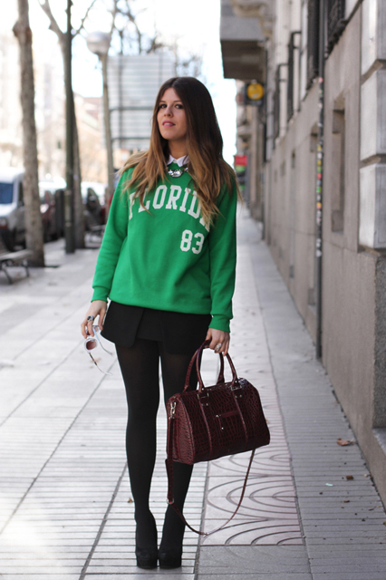 sporty-chic-sweatshirt-street-style-green-1_zpsd5121012