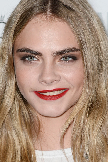 cara-delevingne-make up copy
