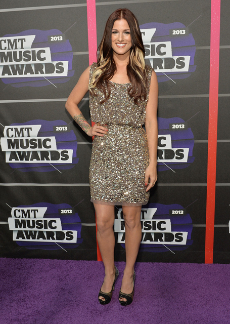 Cassadee+Pope+Arrivals+CMT+Music+Awards+oUZQG8IMQRwx