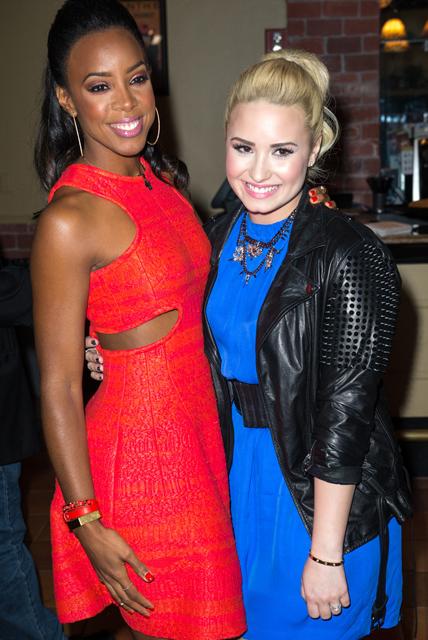 Demi+Lovato+X+Factor+Judges+Promote+Their+v6_tr2XCO3-x