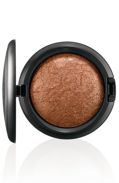 MAC Mineralize Skinfinish in Gold Deposit ($30