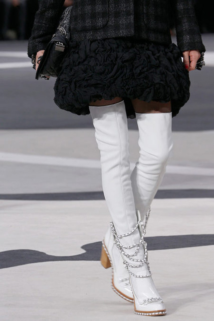 chanel-fall-2013-shoes