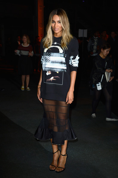 Ciara+Givenchy+Front+Row+Paris+Fashion+Week+cTMNBdl_RMSl