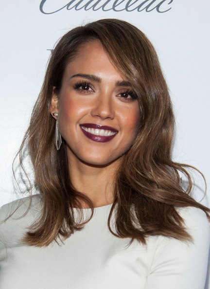 Jessica-Alba-in-Wes-Gordon-Who-What-Wear-And-Cadillacs-50-Most-Fashionable-Women-Of-2013-Event-5-600x825