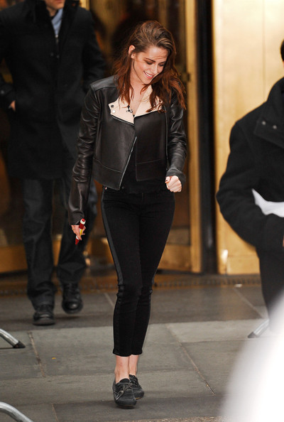 kristen-stewart-and-belstaff-bowden-leather-jacket-gallery
