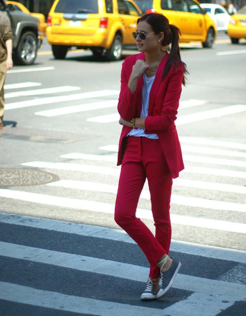 pinksuit1