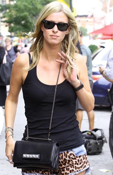 Nicky-Hilton-Valentino VaVaVoom Shoulder Bag