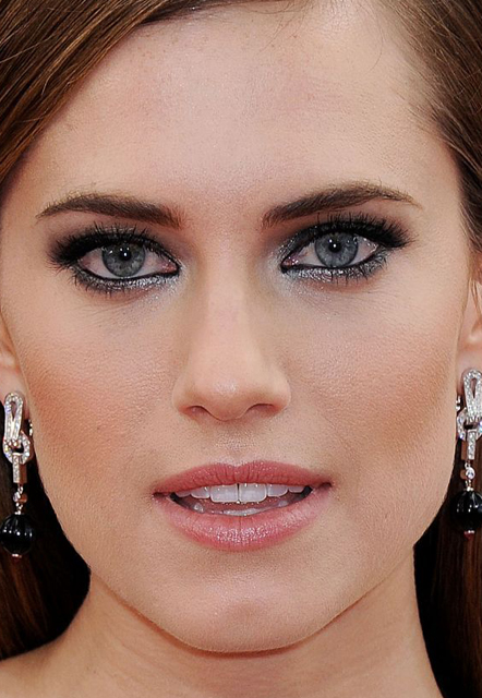 allison williams whatsinfashioncwb