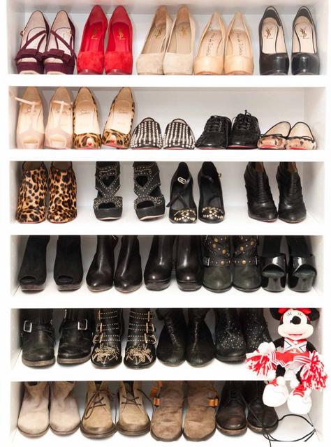 Ashley_Tisdale_Closet-007