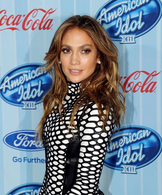 Jennifer-Lopez-American-Idol-XIII-Premiere post