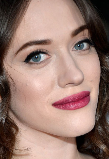 Kat Dennings whatsinfashioncwb