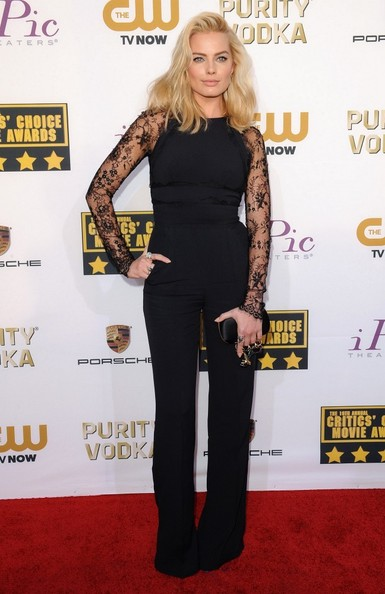 Margot Robbie Wearing Elie Saab – 2014 Critics' Choice Awards