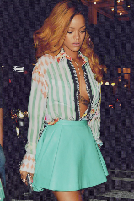 Rihanna-clubbing-street-style-for-a-night-out-in-a-Balmain-printed-shirt-and-mint-green-leather-mini-circle-skirt-with-a-gld-body-chain-1