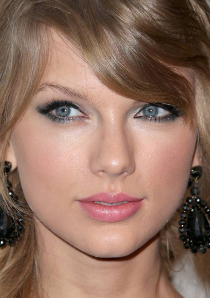 Taylor Swift makeup2 whatsinfashioncwb