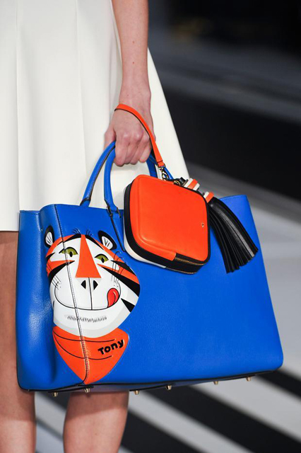 anya-hindmarch-details-autumn-fall-winter-2014-lfw4
