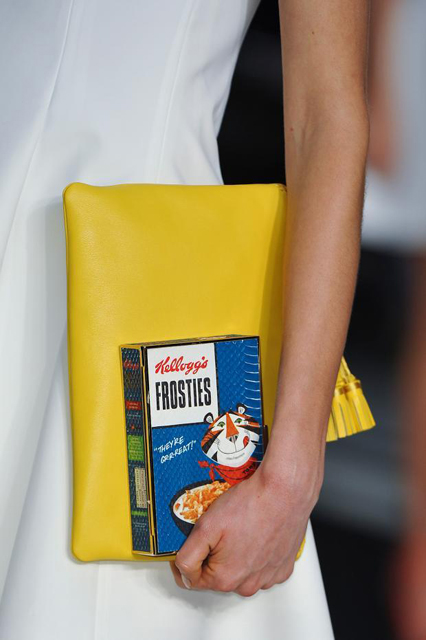 anya-hindmarch-details-autumn-fall-winter-2014-lfw43