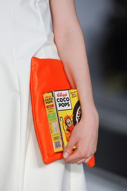 anya-hindmarch-details-autumn-fall-winter-2014-lfw45