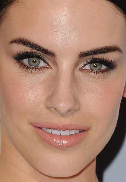 Jessica Lowndes makeup