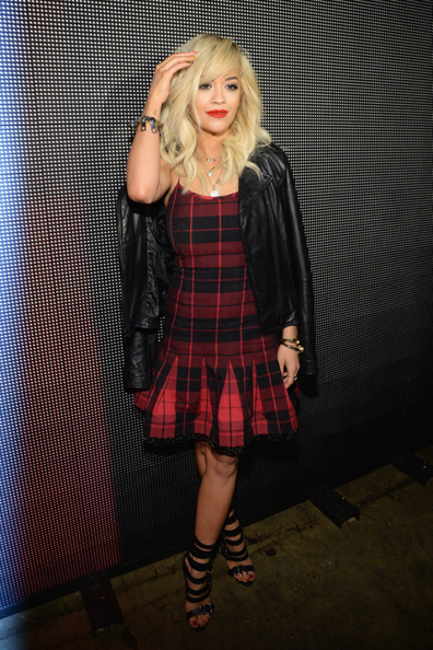 Rita-Ora-DKNY-Fall-2014-Front-Row-600x900