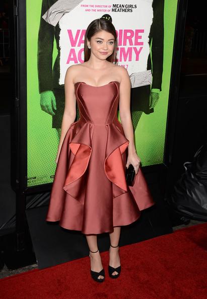 Sarah+Hyland+Vampire+Academy+Premieres+LA+JKiHaWuFgsvl