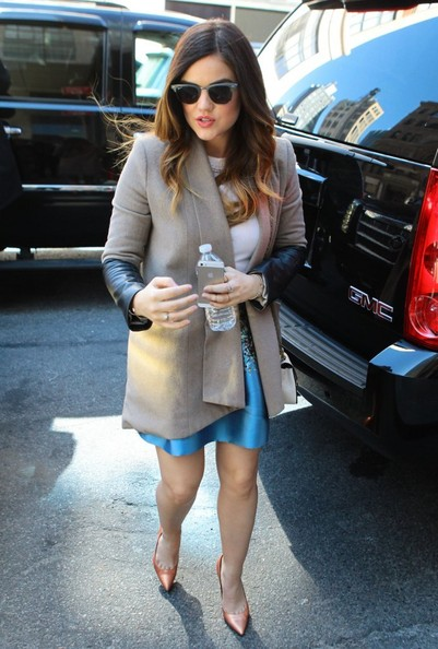 Lucy+Hale+Pretty+Little+Liars+Cast+Their+NYC+LHcfJg_NilNl