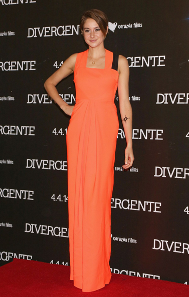 shailene-woodley-at-divergent-premiere-in-mexico-city_1
