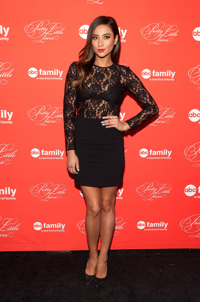 Shay+Mitchell+Pretty+Little+Liars+Screening+qhSE81Zak0Sl