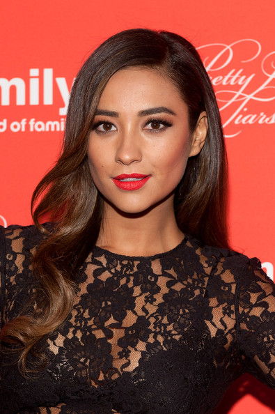 Shay+Mitchell+Pretty+Little+Liars+Screening+U8CHkml7cTul