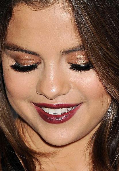 Selena Gomez2 whatsinfashioncwb