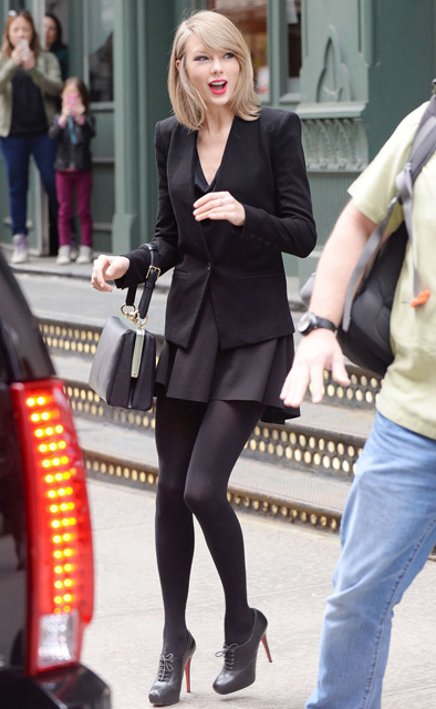 taylor-swift-spring-style-out-in-new-york-city-april-2014_4