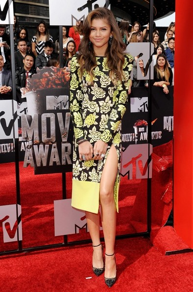 Zendaya+Coleman+Arrivals+MTV+Movie+Awards+aBGADdK_azrl