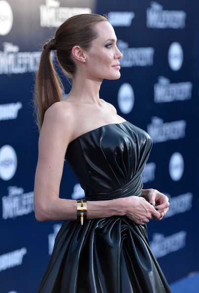 Angelina+Jolie+World+Premiere+Disney+Maleficent+0i2O15vR4s7l